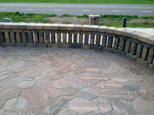 Destination Pavers with Seat Wall