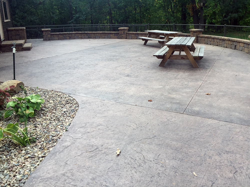 Stamped Concrete and Seat Wall